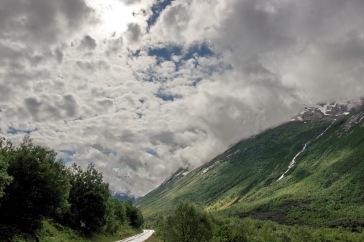 Descenso hacia el valle de Valdall